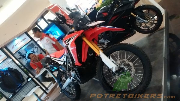 Honda CRF 250 Rally (12)