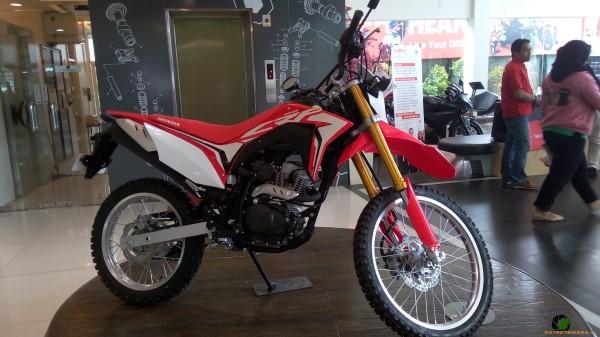 Harga Honda CRF150L Untuk Wilayah Surabaya Dan Sekitarnya
